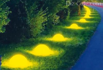 Светящиеся камни можно создавать из натуральных камней, промазывая специальной краской, или из гипса, в состав которого входит светящееся вещество