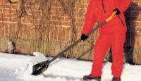 Чистка территорий от снега механизированным и ручным способом