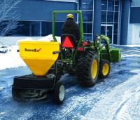 Обслуживание дорожного покрытия машинами SnowEX
