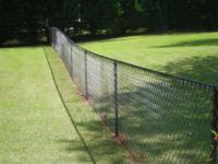 Забор из сетки рабицы. Особенности строительства.
