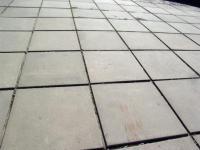 Тротуарная плитка из резиновой крошки различных типов.